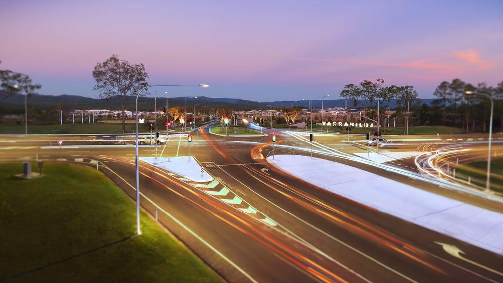 Yarrabilba Drive, Yarrabilba