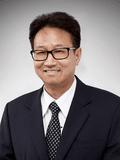 Francis (Thanh) Vuong, Douglas Kay Real Estate - Sunshine