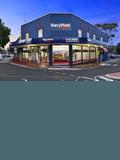 Barry Plant Croydon Sales Department,