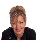Dee-Anne Hunt, Harcourts Adelaide Hills - Luxury Property