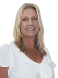 Michelle Topper, BMG Property Group  - COOLANGATTA