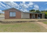 23 East Saunders Street, Flinders View, Qld 4305