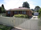 61 Hammer Street, Howlong, NSW 2643