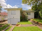 102 Marshall Road, Holland Park West, Qld 4121