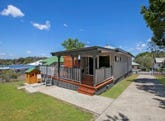 8 Canning Street, Holland Park, Qld 4121
