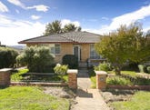 35 Edgedale Crescent, Queanbeyan, NSW 2620