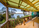 48 Flinders St, Beauty Point, Tas 7270