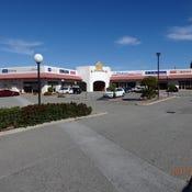 Hepburn Heights Shopping centre, lot1 & 4, 6 Blackwattle Parade, Padbury, WA 6025
