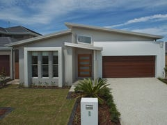7 Azure Way, Hope Island, Qld 4212
