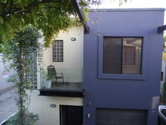 10 Frankis Close, Adelaide, SA 5000