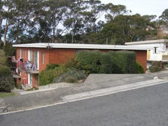 2/14 Goodhart Place, Sandy Bay, Tas 7005