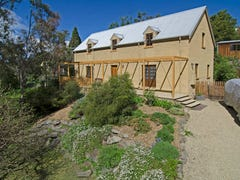 10 McAulay Road, Sandy Bay, Tas 7005