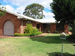 25 Maplewood Drive, Darling Heights, Qld 4350