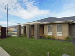 1 Tooradin Crescent, Doreen, Vic 3754