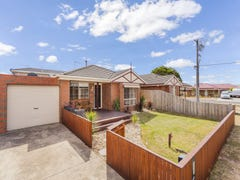 2a Dunmow Crescent, Hamlyn Heights, Vic 3215