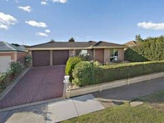 32 Harcombe Drive, Sunbury, Vic 3429