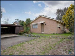 9 Warby Place, Charnwood, ACT 2615