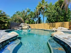 8 Boroko Close, Trinity Beach, Qld 4879