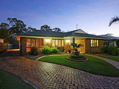 4 Bergin Court, Torquay, Qld 4655