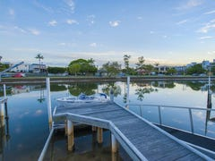 1/28 Vaggelas Crescent, Biggera Waters, Qld 4216