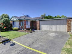 16 Hilltop Mews, Frankston, Vic 3199