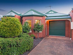 15 Leichardt Crescent, Reservoir, Vic 3073