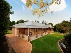 6 Elyse Court, Blue Mountain Heights, Qld 4350