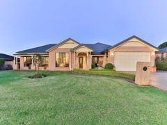 124 Harch Road, Highfields, Qld 4352