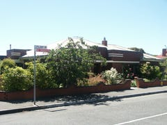 2 Flint Avenue, New Town, Tas 7008
