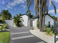 6 VISTA COURT, Newport, Qld 4020