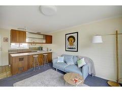 2/198 Aberdeen Street, Geelong West, Vic 3218