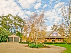 6 Robyn Court, Drouin, Vic 3818