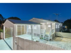 143 Coopers Camp Road, Bardon, Qld 4065