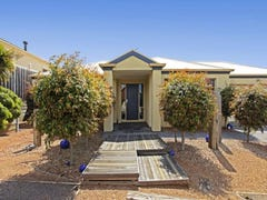 12 Galloway Court, Highton, Vic 3216