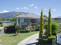 10 Adelong Drive, Kingston, Tas 7050