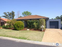 3 Suzanne Way, Broulee, NSW 2537