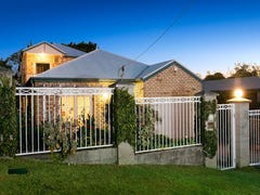 67 Wyena St, Camp Hill, Qld 4152