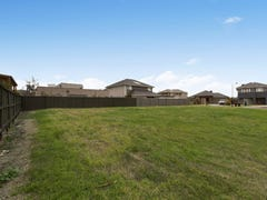9 Portland Place, Waterways, Vic 3195