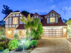 235 Mt Ommaney Drive, Mount Ommaney, Qld 4074