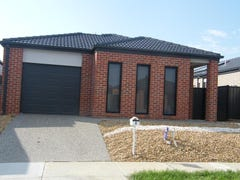 8 Jutland Close, Clyde North, Vic 3978