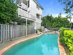 "2 ""Riverhouses""/12 William Street, Noosaville, Qld 4566"