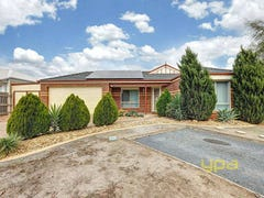 16 Flagstaff Lane, Taylors Hill, Vic 3037