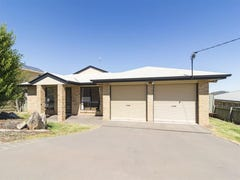 158 Baker St, Darling Heights, Qld 4350