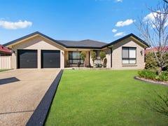 15 Daniel Avenue, Rutherford, NSW 2320