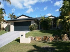 8 Islay Court, Merrimac, Qld 4226