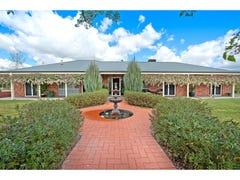 9 Lobbe Road, Thurgoona, NSW 2640