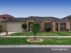 22 Willowood Court, Taylors Hill, Vic 3037