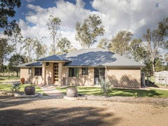 8 Legend Drive, Adare, Qld 4343