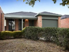 31 Strickland Crescent, Burnside, Vic 3023