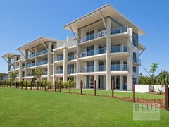 4/8 Spinnaker Drive, Sandstone Point, Qld 4511